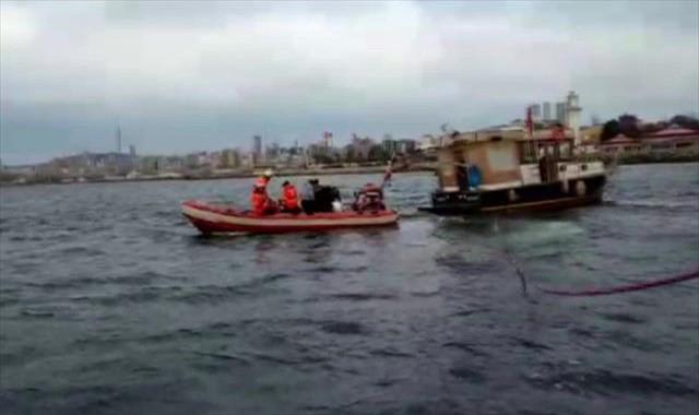 Teknede mahsur kalan 6 kişi böyle kurtarıldı