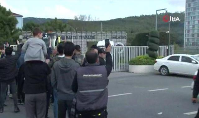 Fenerbahçe kafilesi stada doğru yola çıktı
