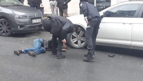 Kağıthane'de cinayet...Tartıştığı damadını sokak ortasında vurarak öldürdü 3.resim