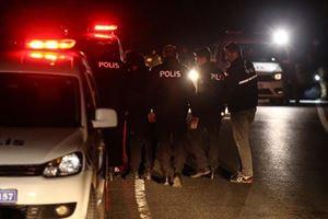 Sarıyer'de dur ihtarına uymayan sürücü polise çarptı