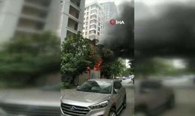 Kadıköy'de inşaat alanında korkutan yangın