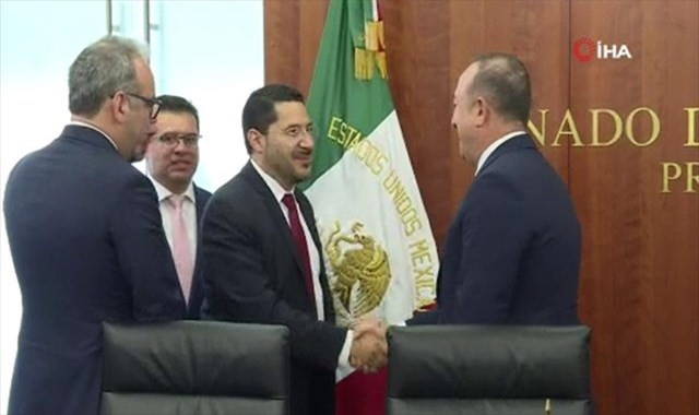 Bakan Çavuşoğlu, Meksika Cumhuriyet Senatosu Başkanı Batres ile görüştü