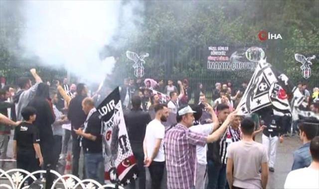 Beşiktaş derbi için yola çıktı
